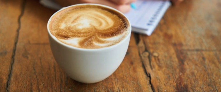 Wie lange funktioniert Kaffee?